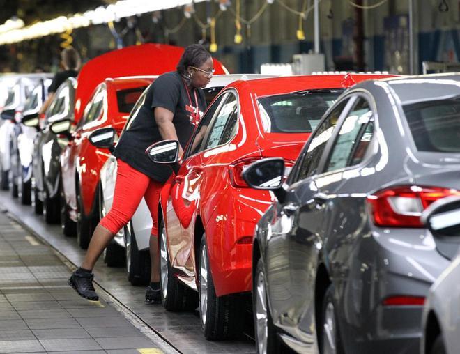 <b>通用汽车大规模工人罢工背后:从2009年破产中复苏以来生产率逐渐下滑</b>