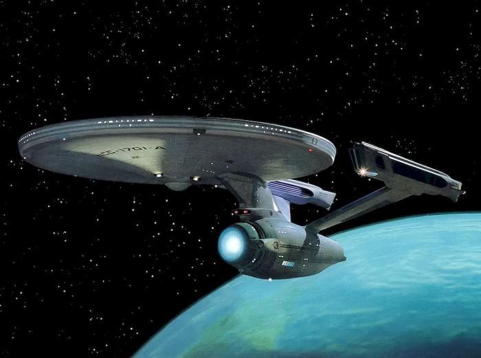 天体物理学家 马斯克:该全力开发《星际迷航》中曲速引擎飞行器