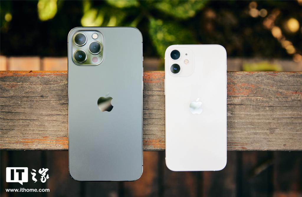苹果 iPhone 12 mini/Pro Max 体验:拍视频无敌,信号仍不完美